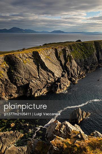 Ireland, Donegal, Inishowen Peninsula, Wild Atlantic Way, Malin, Rocky coastal landscape at Malin Head, the most northern point of Ireland, along the Wild Atlantic Way - p1377m2105411 by Luigi Vaccarella
