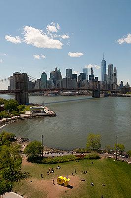 Brooklyn Bridge Park - p470m1165101 von Ingrid Michel