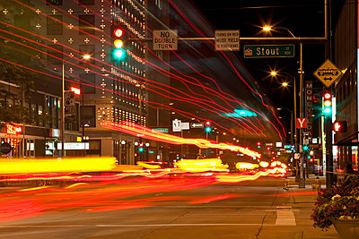 Downtown Street at Night - p555m1452769 by Spaces Images