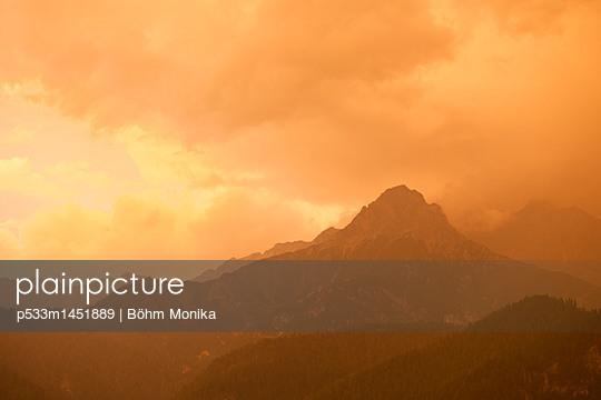 Sonnenuntergang in den Alpen - p533m1451889 von Böhm Monika