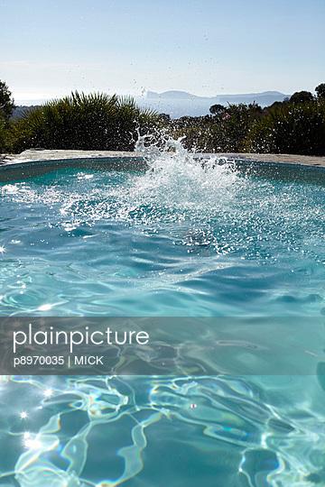 Splash - p8970035 von MICK