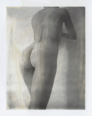 Polaroid of a naked woman - p8700041 by Gilles Rigoulet
