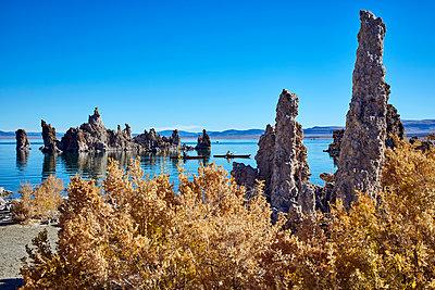 Mono Lake - p719m1511406 by Rudi Sebastian