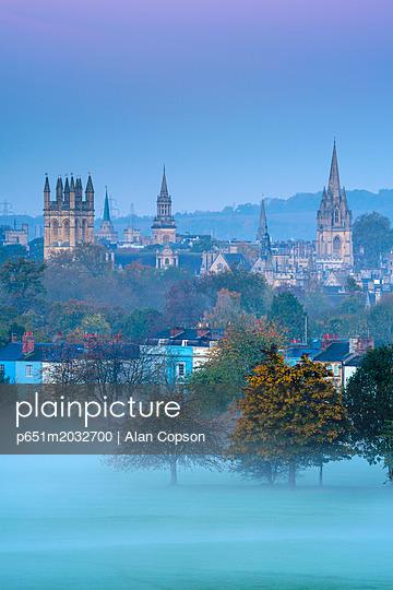 p651m2032700 von Alan Copson