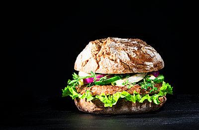 Cheese sandwich - p1276m1200010 by LIQUID