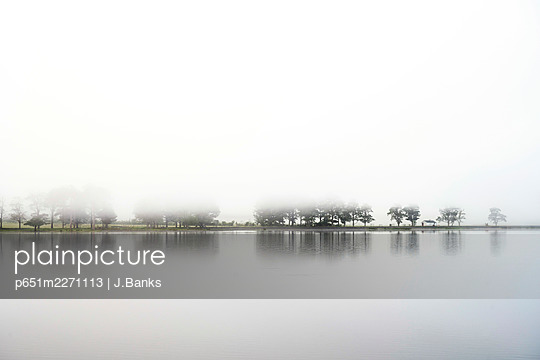 UK, Cumbria, Lake District, Buttermere - p651m2271113 by J.Banks