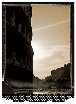 Colosseum - p401m954849 by Frank Baquet