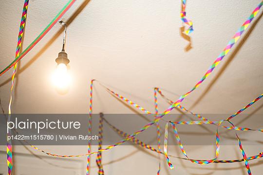 Luftschlangen Dekoration - p1422m1515780 von Vivian Rutsch