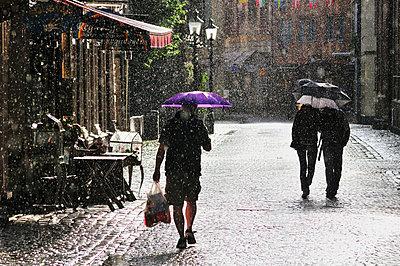 Regen in Goeteborg - p9791691 von Schickhofer