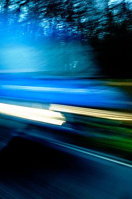 Car motion blur - p1228m1528644 by Benjamin Harte