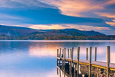 Ashness Jetty, Derwentwater, Keswick, Lake District National Park, Cumbria, England, United Kingdom, Europe - p871m1480361 by Alan Copson
