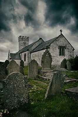 Friedhof in Wales - p470m1481741 von Ingrid Michel