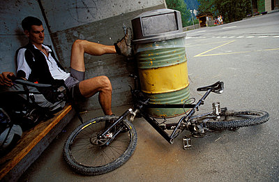 Fahrradpanne - p2190100 von Carsten Büll