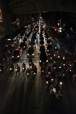 Straßenszene - p6640005 von Yom Lam