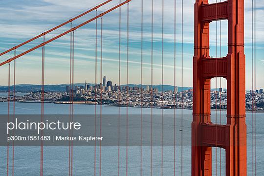 USA, California, San Francisco, Golden Gate Bridge - p300m1581483 von Markus Kapferer