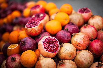 Juice - p1007m886883 by Tilby Vattard