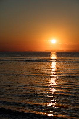 Sonnenuntergang am Meer - p1272m1515620 von Steffen Scheyhing