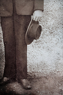 Man with hat  - p450m1083417 by Hanka Steidle