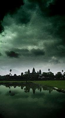 Angkor Wat; Kambodscha - p1038m769454 von BlueHouseProject