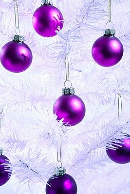 Christmas decoration - p1149m2038754 by Yvonne Röder