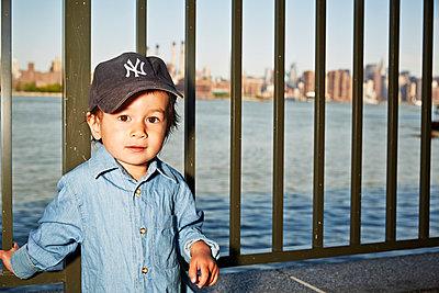 Little boy in NY - p584m1004630 by ballyscanlon