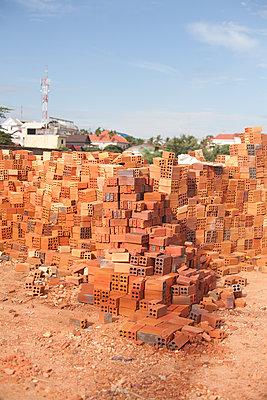 Construction site - p1517m2172419 by Nikita Pirogov