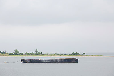 Empty Barge - p694m2218915 by Kathryn Sheldon photography