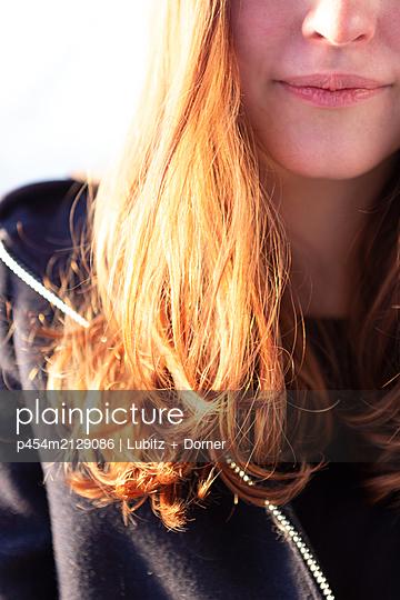 Long hair - p454m2129086 by Lubitz + Dorner