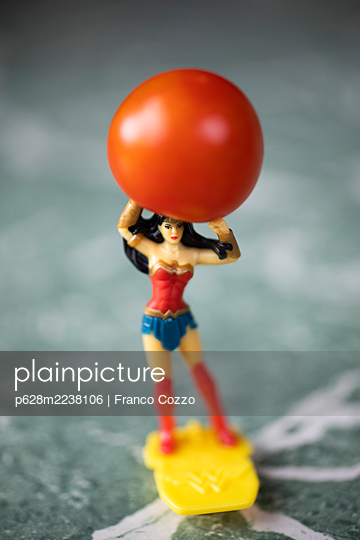 Wonder Woman with tomato - p628m2238106 by Franco Cozzo