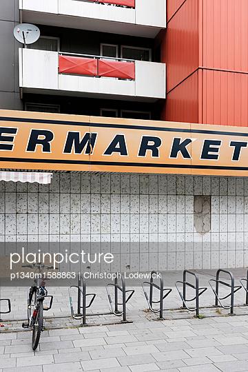 Supermarket - p1340m1588863 von Christoph Lodewick