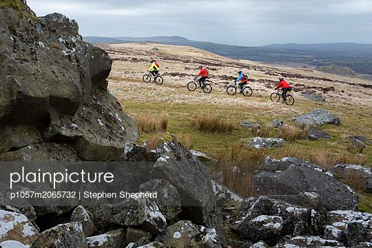 Mountainbiking - p1057m2065732 von Stephen Shepherd