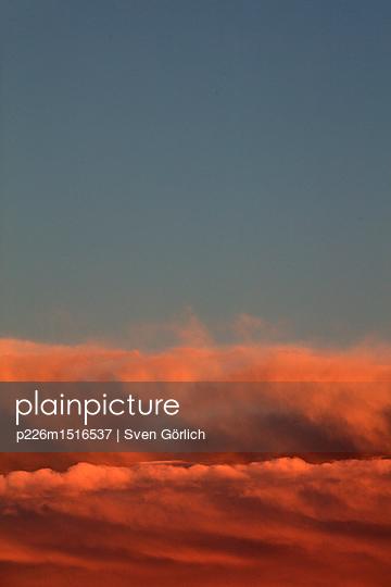 Dramatischer Himmel - p226m1516537 von Sven Görlich