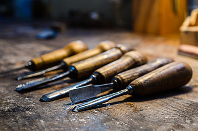 Violin maker luthier tools for wood carving Cremona Italy - p1166m2201795 by Cavan Images