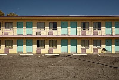 Hotel Tod in Las Vegas, leider abgerissen ... - p1525m2087440 von Hergen Schimpf