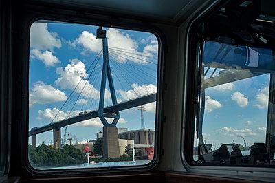 Köhlbrandbrücke - p229m1154795 von Martin Langer
