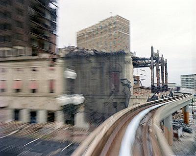 Optischer Reiz der Circle Line - p4140171 von Volker Renner