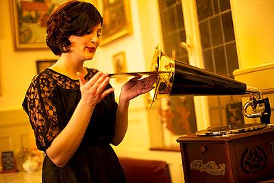 Grammophon - p606m808030 von Iris Friedrich