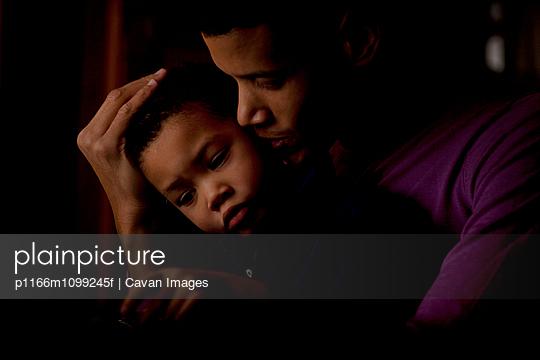 p1166m1099245f von Cavan Images