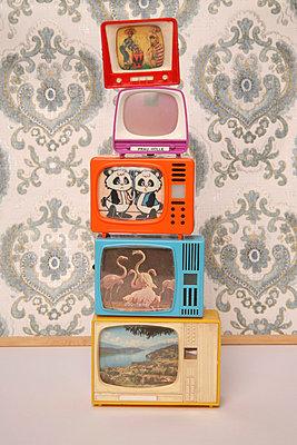 Miniature tv - p1650873 by Andrea Schoenrock