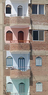 Colourful house in Egypt - p4510802 by Anja Weber-Decker
