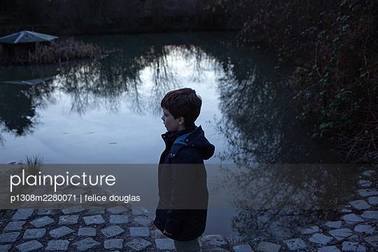 p1308m2280071 by felice douglas
