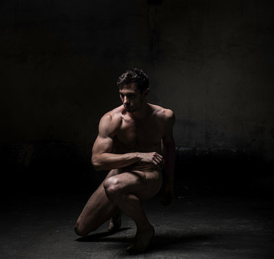 Naked male dancer - p1139m1503057 by Julien Benhamou