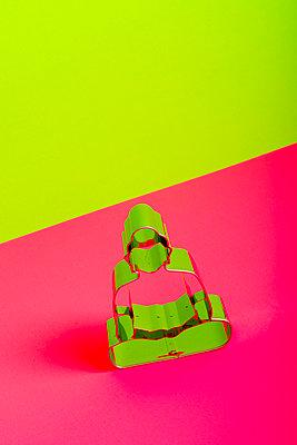 p451m2021304 by Anja Weber-Decker