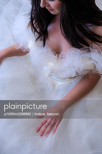 Bride - p1655m2288882 by lindsay basson