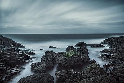 Giant's Causeway - p1280m2044199 von Dave Wall