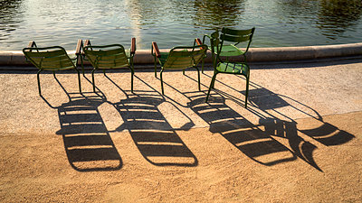 Four Chairs - p1154m1574291 by Tom Hogan