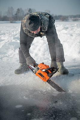 Beim Eisbaden - p1319m1149925 von Christian A Werner
