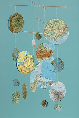 Die Welt in Balance  - p454m1030916 von Lubitz + Dorner