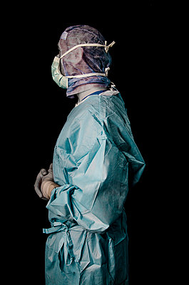 Surgeon - p999m791586 by Monika Kluza