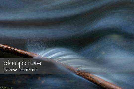 Hoellfall, Wasserfall am Kamp Fluss - p9791684 von Schickhofer